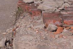 fondo arancio rotto dei mattoni costruzione fotografie stock libere da diritti
