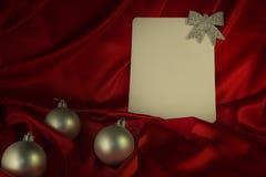 fondo Ardente-rosso per le congratulazioni sul Natale e sul nuovo YE Immagine Stock Libera da Diritti