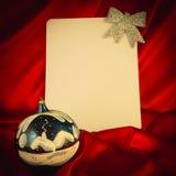 fondo Ardente-rosso per le congratulazioni sul Natale e sul nuovo YE Fotografia Stock