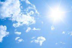 Fondo asoleado del cielo Foto de archivo