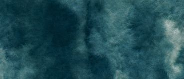 Fondo astratto azzurrato blu dell'acquerello per gli ambiti di provenienza di strutture e la progettazione delle insegne di web royalty illustrazione gratis