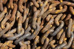 Fondo astratto a catena del metallo Immagini Stock Libere da Diritti