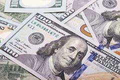 Fondo astratto dei contanti dei soldi da 100 dollari americani Fotografia Stock