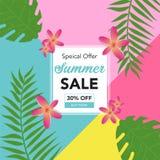 Fondo astratto di vendita di estate con le foglie di palma ed il bello fiore Modello dell'insegna di vendita di estate per i medi illustrazione di stock