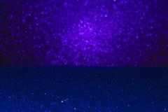 Fondo astratto riempito di scintillio ultravioletto brillante Immagini Stock