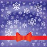 Fondo azul con las escamas de la nieve Imágenes de archivo libres de regalías