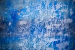 Fondo azul con textura de la tinta en el metal Fotos de archivo libres de regalías