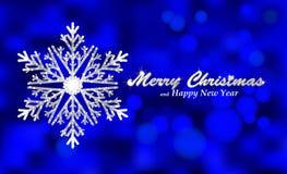 Fondo azul de la Feliz Navidad con el copo de nieve de plata Fotos de archivo libres de regalías