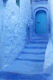 Fondo azul de la pared Fotos de archivo