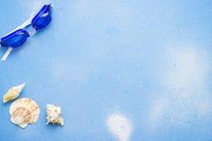 Fondo azul del concepto de la playa Foto de archivo libre de regalías