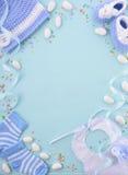 Fondo azul del cuarto de niños de la fiesta de bienvenida al bebé Imagenes de archivo