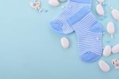 Fondo azul del cuarto de niños de la fiesta de bienvenida al bebé Fotografía de archivo