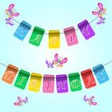 Fondo azul del cumpleaños feliz del día de fiesta con las banderas y las mariposas Lugar para el texto Ejemplo del día de fiesta Fotos de archivo libres de regalías