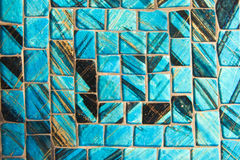 Fondo azul del negro de la anecdotario del mosaico Pedazos de cristal fotografía de archivo libre de regalías