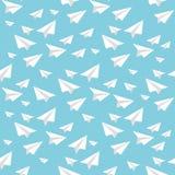 Fondo azul inconsútil del vector del aeroplano de papel de la papiroflexia Imagen de archivo libre de regalías