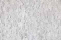 Fondo bianco con le bande verticali e punti grigio chiaro con una struttura su legno immagine stock