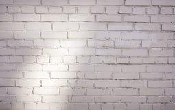 Fondo bianco del muro di mattoni nella stanza rurale immagine stock libera da diritti