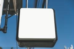 Fondo bianco del negozio del segno di colore dello spazio della copia immagini stock