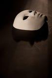 Fondo bianco del nero dell'ombra della maschera Immagini Stock Libere da Diritti