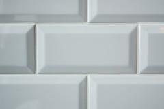 Fondo bianco delle mattonelle del sottopassaggio Fotografia Stock