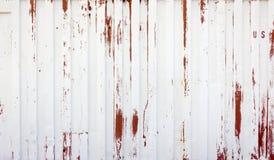 Fondo bianco e rosso rustico del metallo Fotografia Stock Libera da Diritti