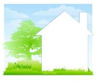 Fondo blanco de la casa y de la yarda Fotografía de archivo
