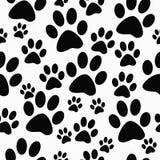 Fondo blanco y negro de Paw Prints Tile Pattern Repeat del perro Imágenes de archivo libres de regalías