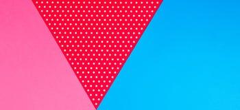 Fondo blu, rosa e rosso geometrico astratto della carta del pois Fotografie Stock Libere da Diritti