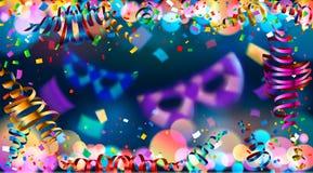 Fondo blu scuro di festa con bokeh brillante variopinto e la serpentina Fotografia Stock Libera da Diritti