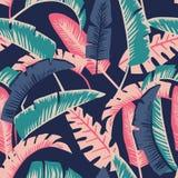 Fondo blu scuro senza cuciture delle foglie di palma del fumetto Fotografia Stock