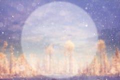 Fondo borroso del invierno con un círculo Imagen de archivo libre de regalías