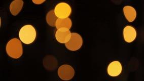Fondo borroso extracto de Bokeh de las luces de la Navidad El árbol de navidad del centelleo enciende el centelleo Concepto de la almacen de video