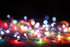 Fondo borroso extracto del bokeh de la luz de la Navidad Imágenes de archivo libres de regalías
