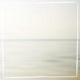 Fondo borroso mar en colores pastel suave Imagen de archivo libre de regalías