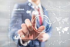 Fondo borroso transparente del tablero de instrumentos del an?lisis de KPI del indicador de rendimiento clave del BI de la inteli imágenes de archivo libres de regalías