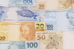 Fondo brasileño del dinero Las cuentas llamaron a Real Imagen de archivo libre de regalías