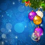 Fondo brillante azul de la Navidad con la chuchería Foto de archivo libre de regalías