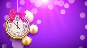 Fondo brillante del Año Nuevo 2018 con el reloj Cartel de oro 2018, plantilla festiva de las bolas de la decoración de la celebra Imagenes de archivo