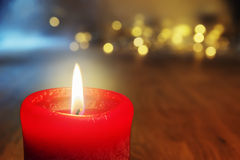 Fondo bruciante rosso della candela Fotografie Stock Libere da Diritti