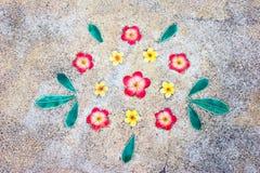 Fondo ceramico variopinto del fiore immagine stock