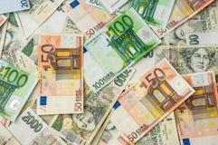 Fondo checo y euro de los billetes de banco Foto de archivo