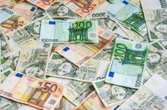 Fondo checo y euro de los billetes de banco Imágenes de archivo libres de regalías