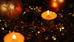Fondo chispeante del oro de la vela del Año Nuevo de la Navidad almacen de video