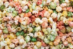Fondo colorato di struttura del popcorn Popcorn dolce Fotografia Stock
