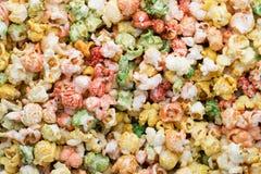 Fondo colorato di struttura del popcorn Popcorn dolce Immagini Stock Libere da Diritti