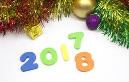 Fondo colorido de la decoración del número 2018 de la Feliz Año Nuevo Imágenes de archivo libres de regalías