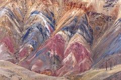 Fondo colorido de la roca de la textura de la montaña Imágenes de archivo libres de regalías