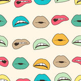 Fondo colorido inconsútil con los labios Fotos de archivo