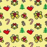 Fondo con color del amarillo del modelo del invierno del arte del pixel de los símbolos de la Navidad Foto de archivo libre de regalías