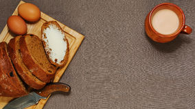 Fondo con el desayuno o el almuerzo orgánico diseñado rural Imagen de archivo libre de regalías